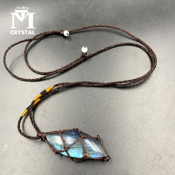 Natural crystal Labradorite stone gemstone pendant Moonstone Sunstone Pendant Divination spiritual meditation Jewelry Necklace 1