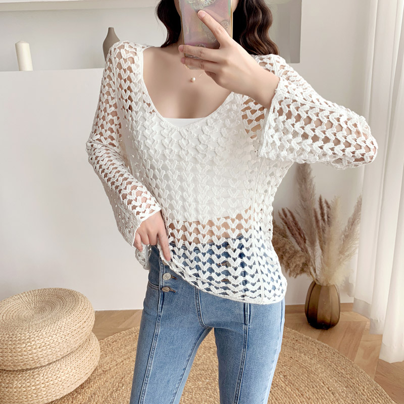 2020 Korean Vintage Floral Print White Beige Lace Shirt Women Tops Long Sleeve Knitted Sexy Hollow Out Crochet Blouse Women