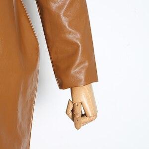 Image 5 - Twotwinstyle Vintage Pu Leer Jurken Voor Vrouwelijke V hals Bladerdeeg Mouw Hoge Taille Ruches Vrouwen Jurk 2019 Mode Kleding tij