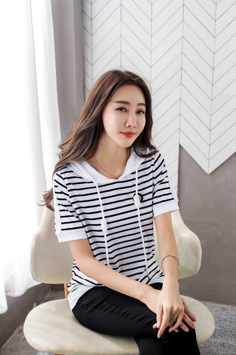 Women's Short Sleeve 2020 New Large Size Loose Striped Hooded Summer Hooded T-shirt Top Half Sleeve Fashion Clothes AE0008