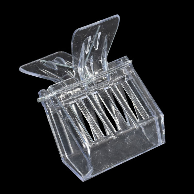 1pcs Beekeeping Equipment Isolation Room Insectary Box Bee Tools Queen Cage Colorless Plastic Clip Bee Clip Beekeeper Tool Equip
