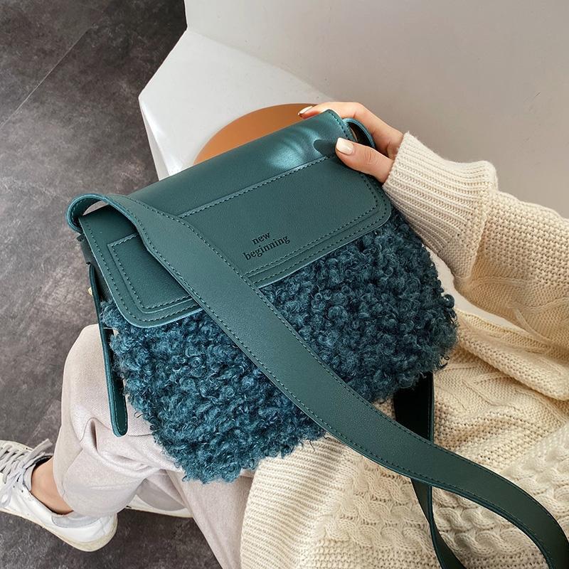 Fashion Lambswool Women Shoulder Bags Designer Letter Plush Messenger Bag Luxury Faux Fur Crossbody Bag Ladies Small Flap Purses