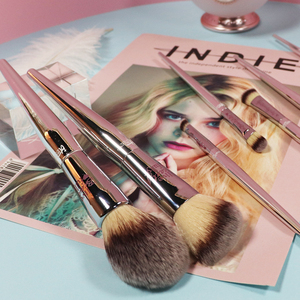 Image 4 - Professional 8/9/19pcs Makeup Brushes Set Live Beauty Fully Silver IT Cosmetic Brush Kit Face Eyes Makeup Tool Collection