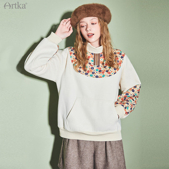 ARTKA 2020 Winter New Women Sweatshirts Fashion Floral Patchwork Thick Velvet Sweatshirts Turtleneck Loose Sweatshirts VA20009D юбка artka qb17249d