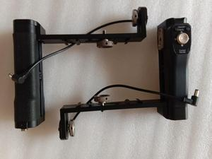 Image 2 - Punho duplo da bateria do aperto de tilta bluetooth com botão de ligar/desligar para g1 g2 g2x tilta 3 eixo estabilizador cardan gravidade g series