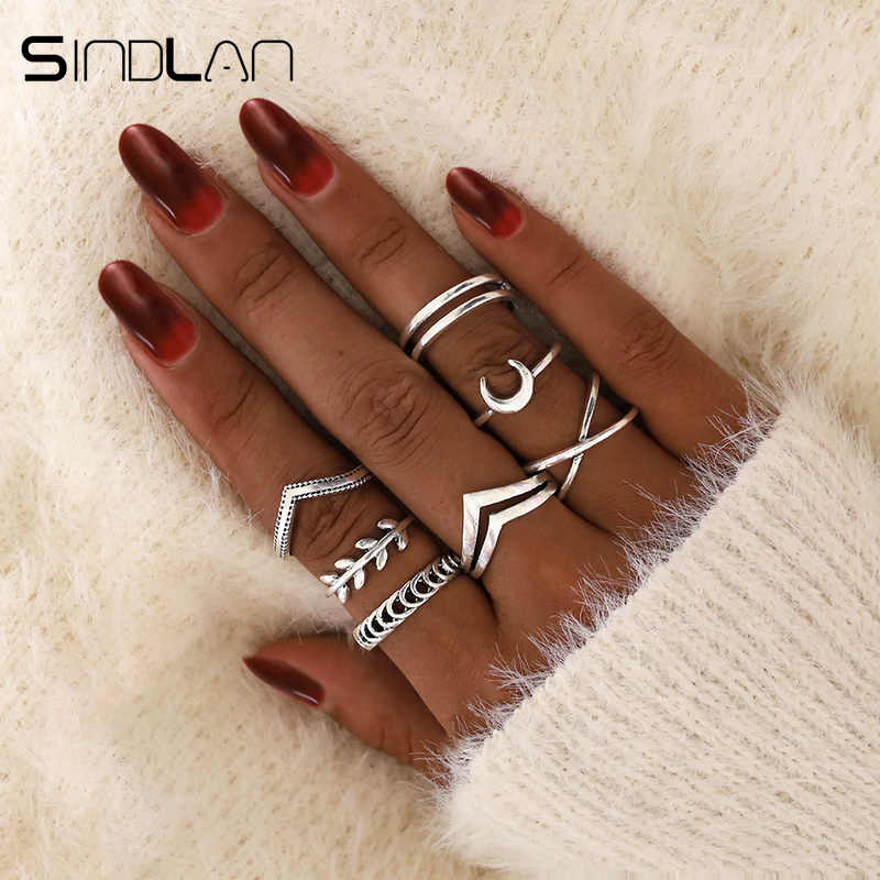 Sindlan 7Pcs Simple Silver Geometric Moon Charm Rings for Women Punk Fashion Boho Joint Finger Rings Set Jewelry Accessories