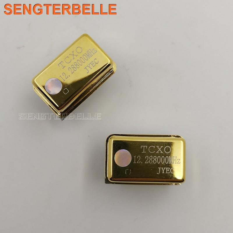 1PC Gold-plated TCXO 0.1ppm 24.576M 22.5792MHz 100MHz 80MHz 16.9344MHz <font><b>12.288MHz</b></font> Ultra precision crystal oscillator for Audio image