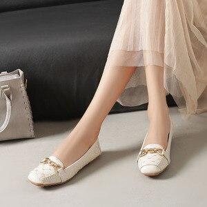 Image 5 - Femmes chaussures plates 2019 décontracté mode Slip on ballerine femme chaussures plates en cuir verni mocassins dames printemps automne chaussures de femme nouveau