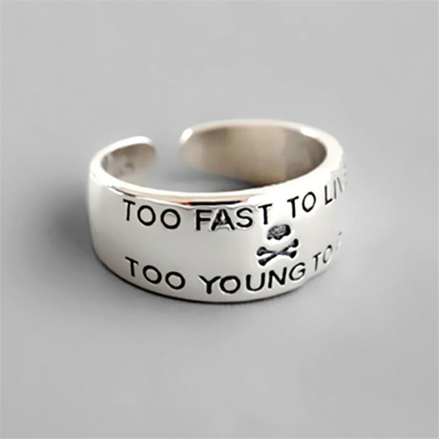 TOO FAST TO LIVE TOO YOUNG TO DIE SKULL RING