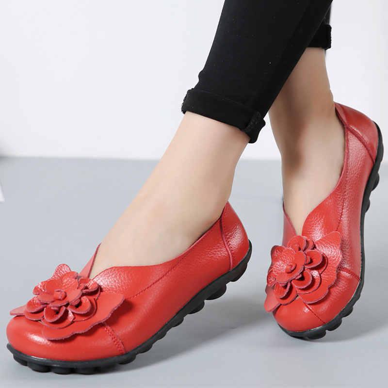 Hakiki deri kadın Flats Slip-on kadın ayakkabı konfor kadın loafer'lar Moccasins kadınlar rahat ayakkabılar çiçekler kadın artı boyutu 43