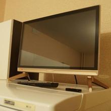 22'' inch lcd monitor led TV multi languages DVB-T2 led television TV