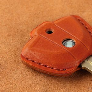 Image 4 - עור אמיתי מפתח מקרה Fob כיסוי מחזיקי מפתחות עבור BMW לאטה F800GS C400X R1200GS G310GS אופנוע KeyRing