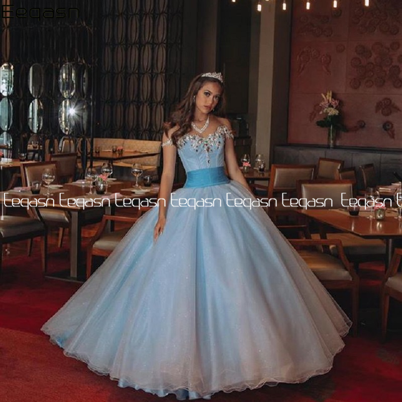 Eeqasn Sweet 16 Quinceanera Dress 2020 Ball Gown Vintage Sparkly Lace Beaded Vestidos 15 Anos Plus Size Pageant Prom Gowns