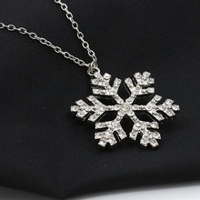 Classic Design Beautiful Crystal Snowflake Pendant Sweater Chain Necklace Popular Alloy Clavicle Chain Necklace Fashion Jewelry недорого
