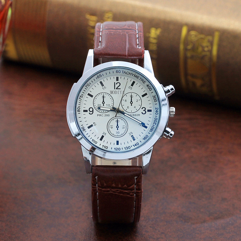 Fashion Featured Quartz Watch Three Eyes Watch Top Brand Luxurious Men's Watch Leather Belt Men's Black White Glass Belt Men