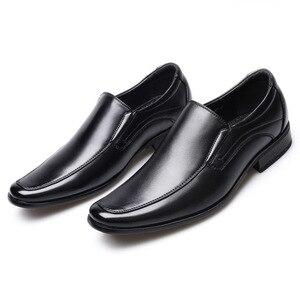 Image 1 - أحذية رجال الأعمال الكلاسيكية موضة أنيقة أحذية الزفاف الرسمية الرجال الانزلاق على مكتب أكسفورد أحذية للرجال LH100006
