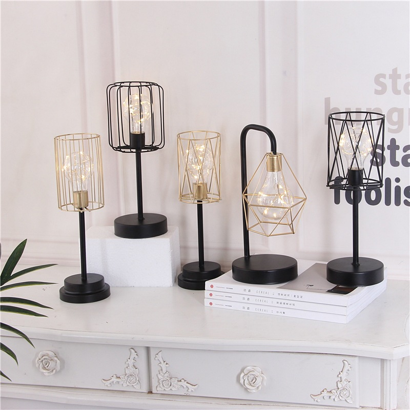 Nordic 3D Geometric Iron Art LED Table Lamp Bedroom Bedside Reading Lamp Night Light Metal Industrial Tea Light Home Decoration