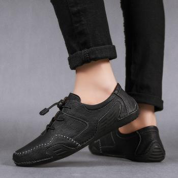 Casual Men oryginalne skórzane buty łódź męskie buty mokasyny Mocassin męskie mokasyny męskie wsuwane mokasyny jazdy marki Desinger tanie i dobre opinie WOSHI Classics CN (pochodzenie) Na co dzień PRAWDZIWA SKÓRA Skóra bydlęca podstawowe Kożuch sandały RUBBER Dobrze pasuje do rozmiaru wybierz swój normalny rozmiar