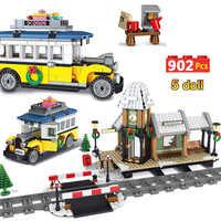 902pcs Creators Building Blocks Compatible Legoinglys City Winter Village Train Station Technic Brick Friends Toys for Children