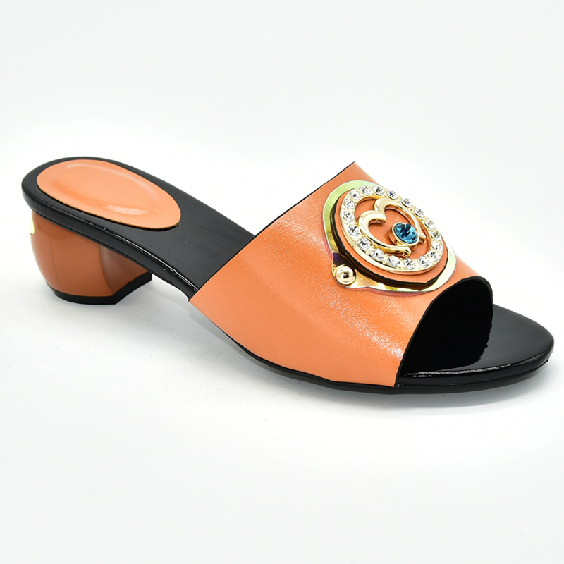 Image 4 - Ladies Shoes Summer Slippers Good Quality Italian Women Wedding Shoes Decorated with Rhinestone Daily Slippers for Ladies ShoeWomens Pumps   -