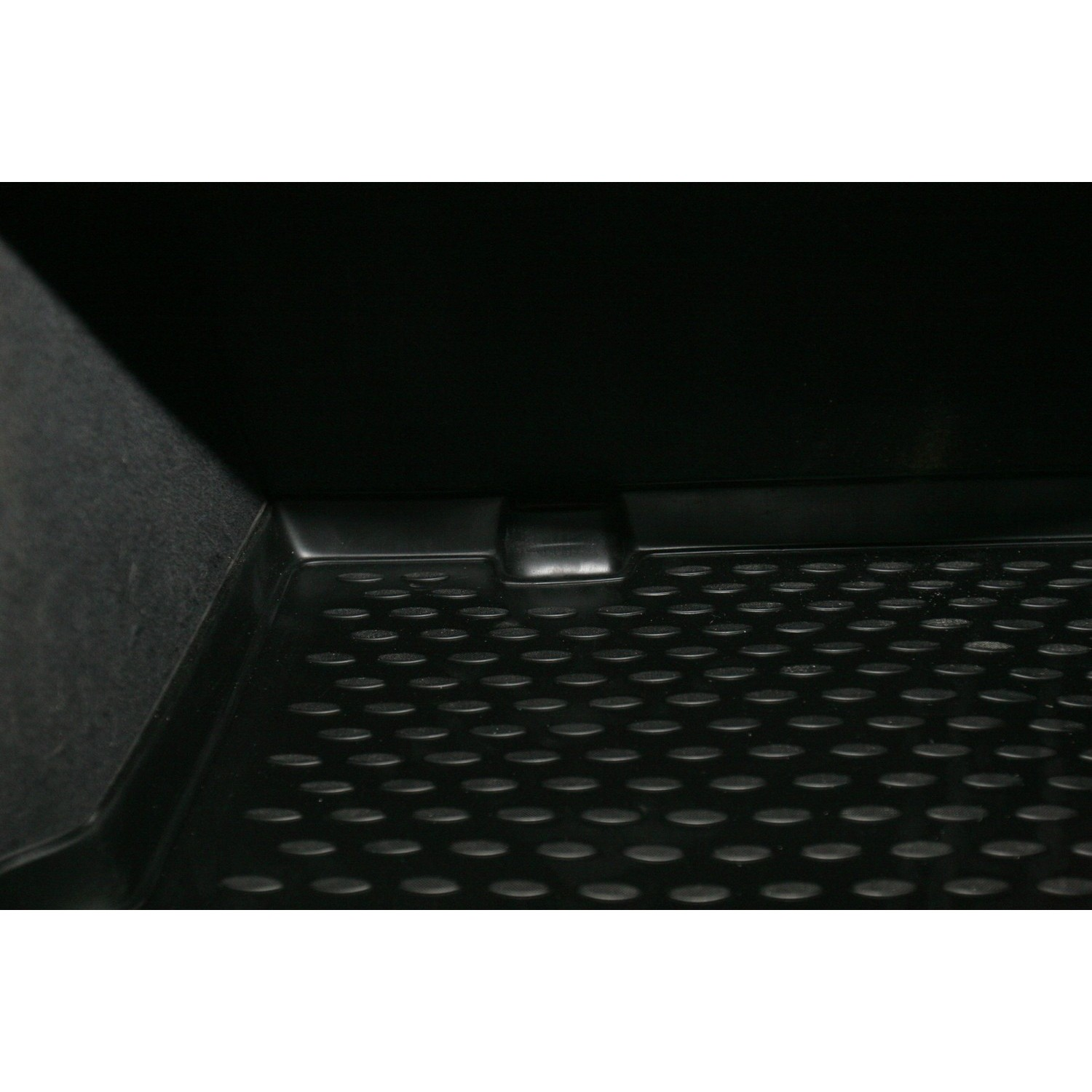 Trunk Mat For TOYOTA Caldina AT211G GDM, 09/1997-08/2002, UN. P. R. NLC.48.34.B12