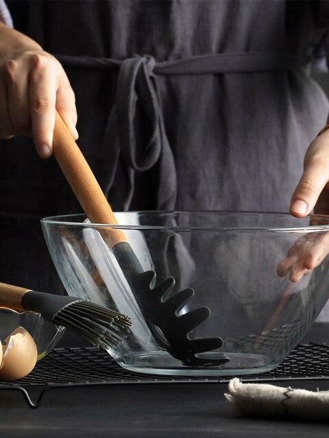 1 Pçs/set Concha de Silicone Utensílios De Cozinha Acessórios de cozinha Conjunto Ferramenta Egg Beaters Pá Cozinhar Não-stick Punho De Madeira Espátula 4