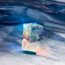 Шестисторонняя яркая призма комбинированный куб витражное стекло