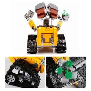 Image 4 - 695PCS Building Blocks Creator Serie Idea Robot Blocks WELL E Action Figures Creators Building Blocks Compatible Technic  Toys