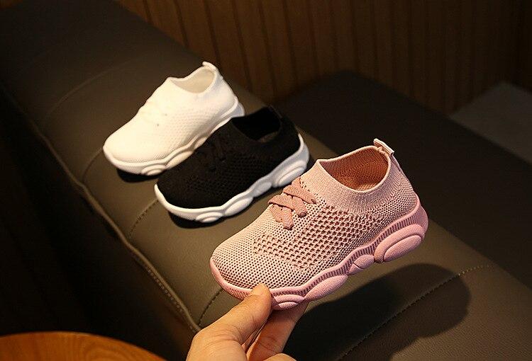 Crianças sapatos primeiro walker anti-deslizamento fundo macio