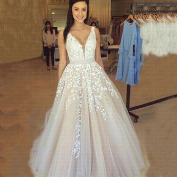 V Neck Wedding Dresses Light Champagne Romantic Applique Open Back Sleeveless A Line Backless Bridal Dress Vestido De Noiva - discount item  33% OFF Wedding Dresses