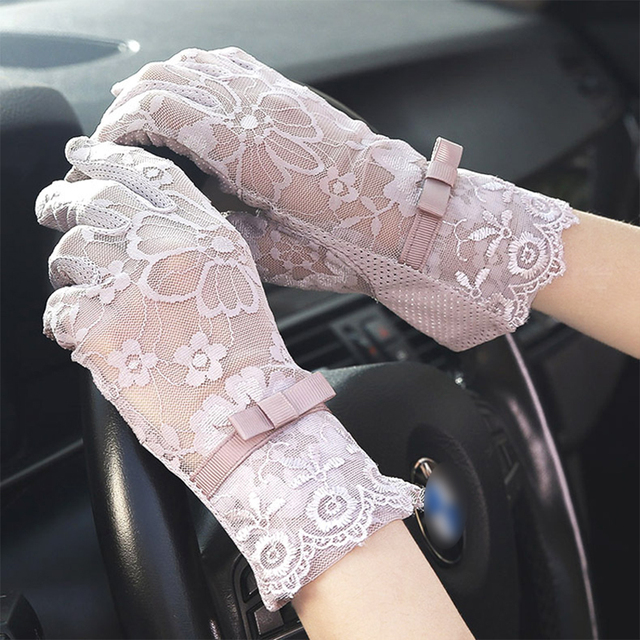 Women's Elegant Lace Gloves Wrist Sun Protection Driving Gloves for Summer Touch Screen Anti-Slip Fabric 2