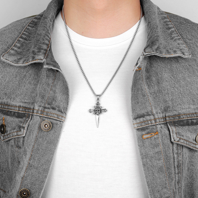 STAINLESS STEEL SKULL CROSS NECKLACE