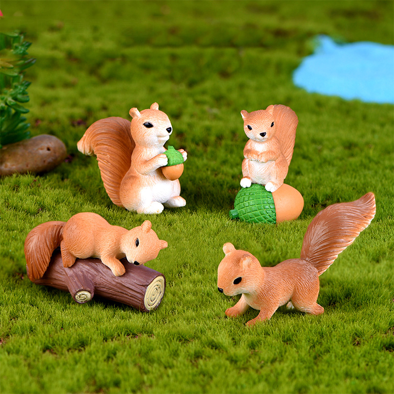 4 Pcs Squirrel Figurines Miniatures Fairy Garden Gnome Moss Gift Resin Crafts Home Decoration