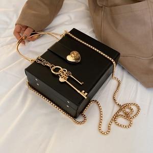 Image 5 - صندوق أسود تصميم على شكل قلب مشبك بولي Leather جلد المرأة حقيبة يد حقيبة كتف Crossbody حقيبة عادية موضة حفلة حمل حقيبة محفظة