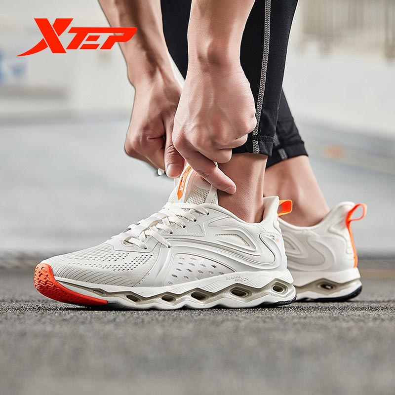 Xtep Reactive Coil Men Running Shoes 2020 Spring Lightweight Mesh Breathable Sneakers 880119110016