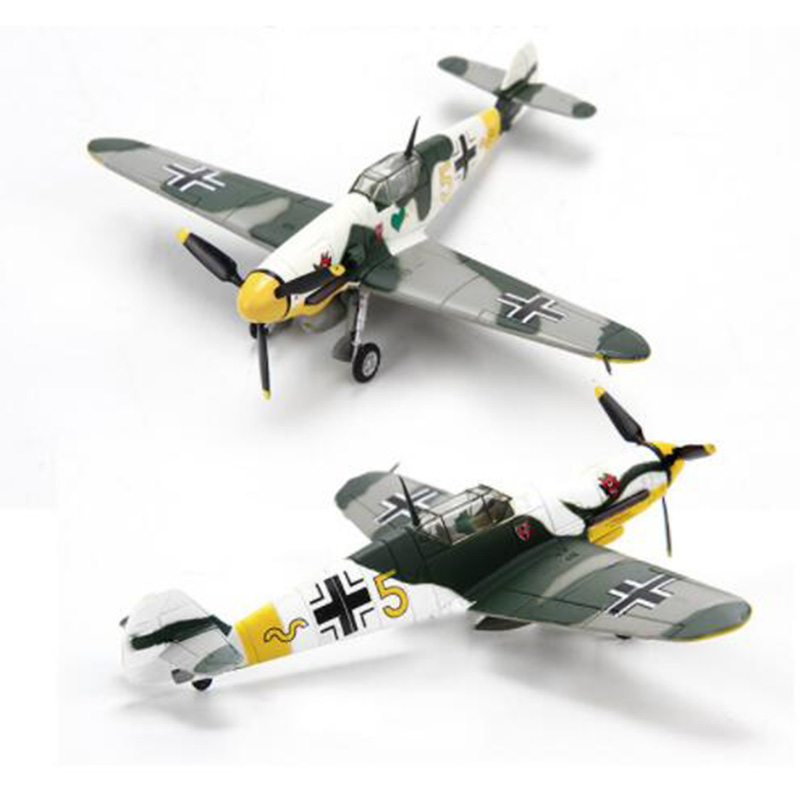 1/72 scale Classic <font><b>BF</b></font>-109 Jet fighter World War II Plane Army fighter aircraft airplane models toy adult <font><b>children</b></font> toys military image