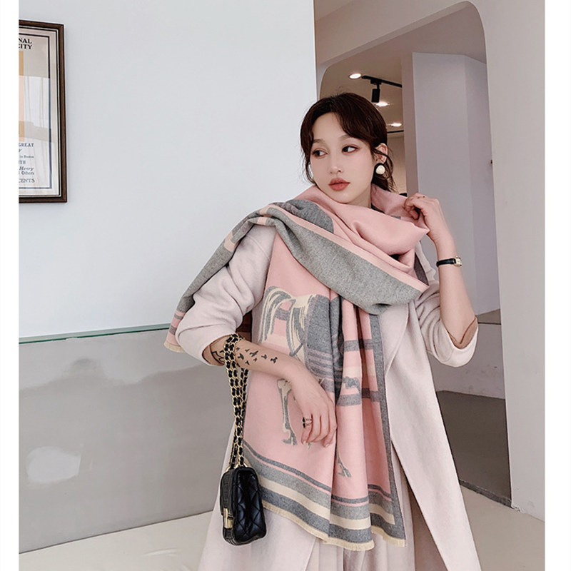 KOI LEAPING  Ladies Fashion Warm And Comfortable Softpopular Horse Pattern Printing Cashmere Shawl Warm Scarf Best Gift