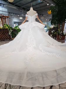Image 3 - BGW HT42829 Special Wedding Dress Like White Pure New Off The Shoulder Lace Up Back Luxury Wedding Gown 2020 New Fashion Design