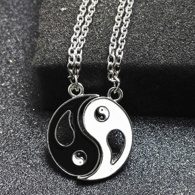 Fashion Necklaces Eight Diagrams Black and White Yin Yang Pe…