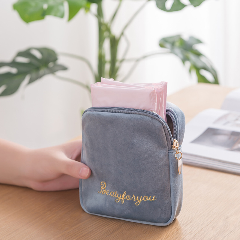 Girls Sanitary Napkin Storage Bag Portable Women Cosmetic Pouch Case Ladies Travel Napkin Zipper Bags Tampon Holder Organizer