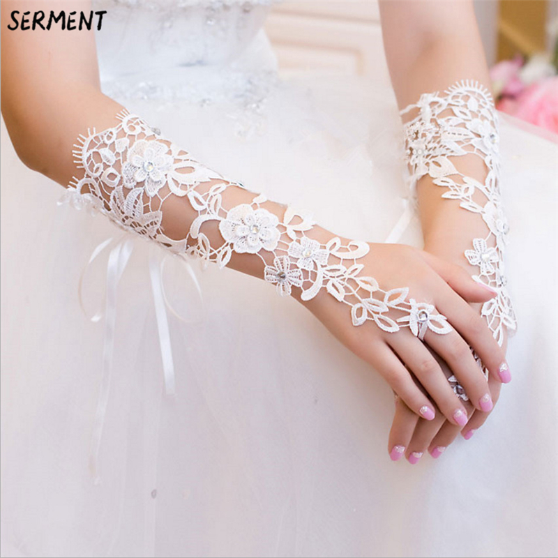 Wholesale Supply Wedding Gloves Have Long Lace Wedding Bridal Gloves Factory Direct Wedding Gloves White