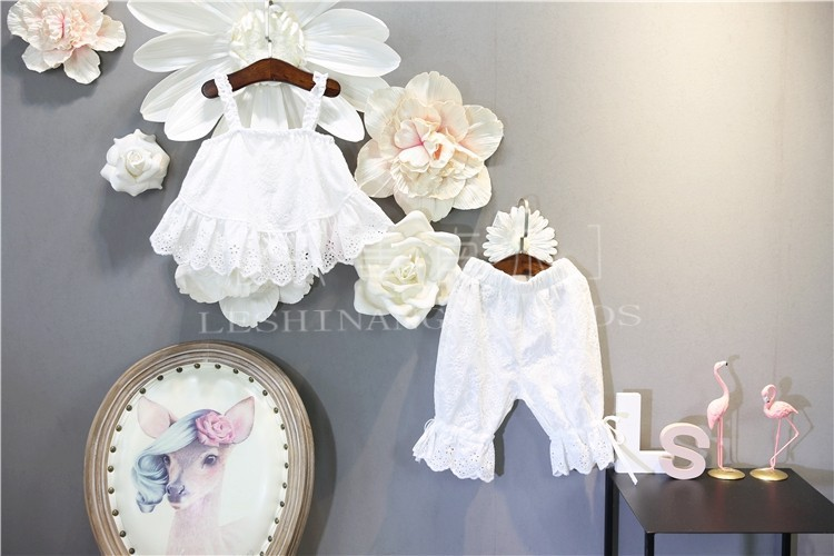 Korean-style Childrenswear Girls Summer Western Style Hollow Out Lace Dungaree Shirt Tops + Bermuda Shorts CHILDREN'S Suit