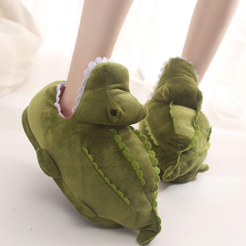 Female Winter shoes women fur slippers designer house slippers girls furry slides shark shoes woman slippers