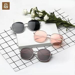Image 1 - Nowy MW metalowe kwadratowe modne okulary przeciwsłoneczne całkowite dopuszczalne połowy (TAC) soczewki polaryzacyjne stylowy Metal rama blok promieni UV do podróży na zewnątrz