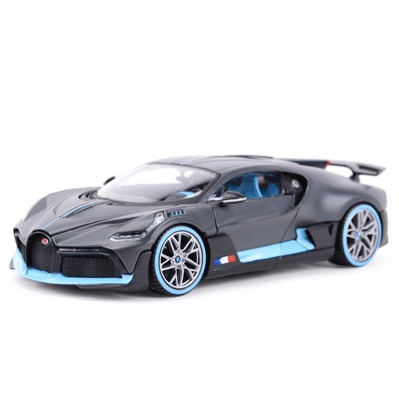 Maisto 1:24 Bugatti Divo Sports Car Static Simulation Diecast Alloy Model Car