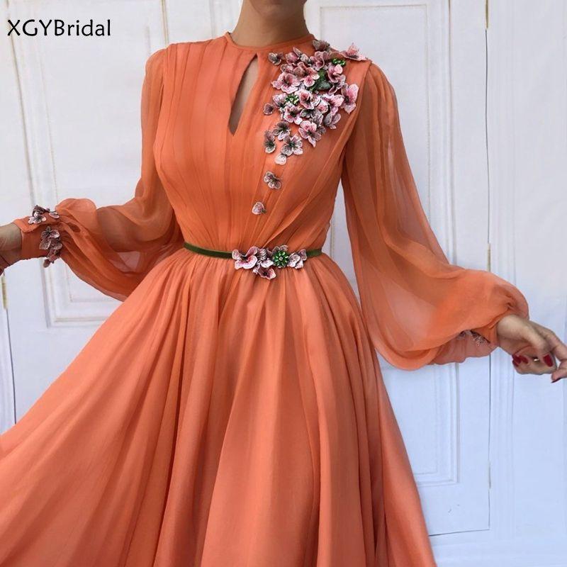 Muslim Orange Long Sleeves Flowers Dubai Evening Dresses 2021 A-Line Chiffon Saudi Arabic Long Prom Gown Robe de soiree