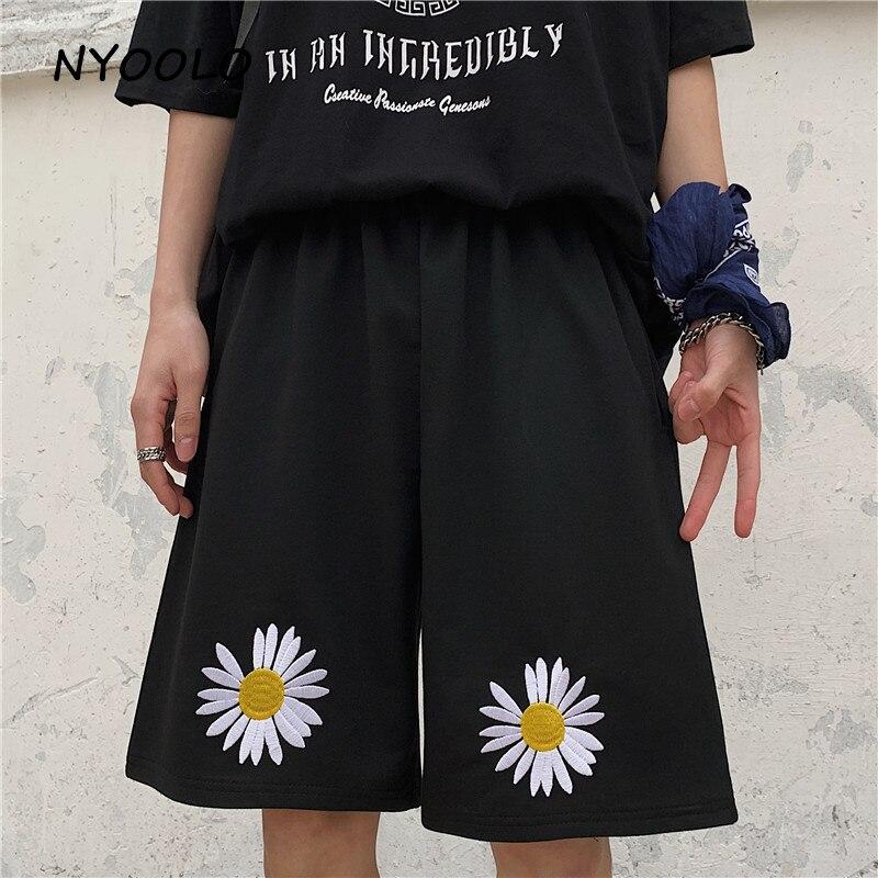 NYOOLO Vintage Streetwear Daisy Flowers Embroidery Loose Straight Shorts Women Men Summer Elastic Waist Hip Hop Black Shorts