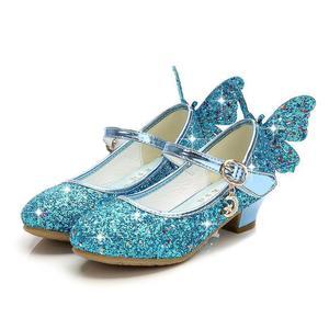 Летние босоножки принцессы на высоком каблуке для девочек; детская обувь; блестящие кожаные туфли с бабочками для девочек; детская обувь дл...