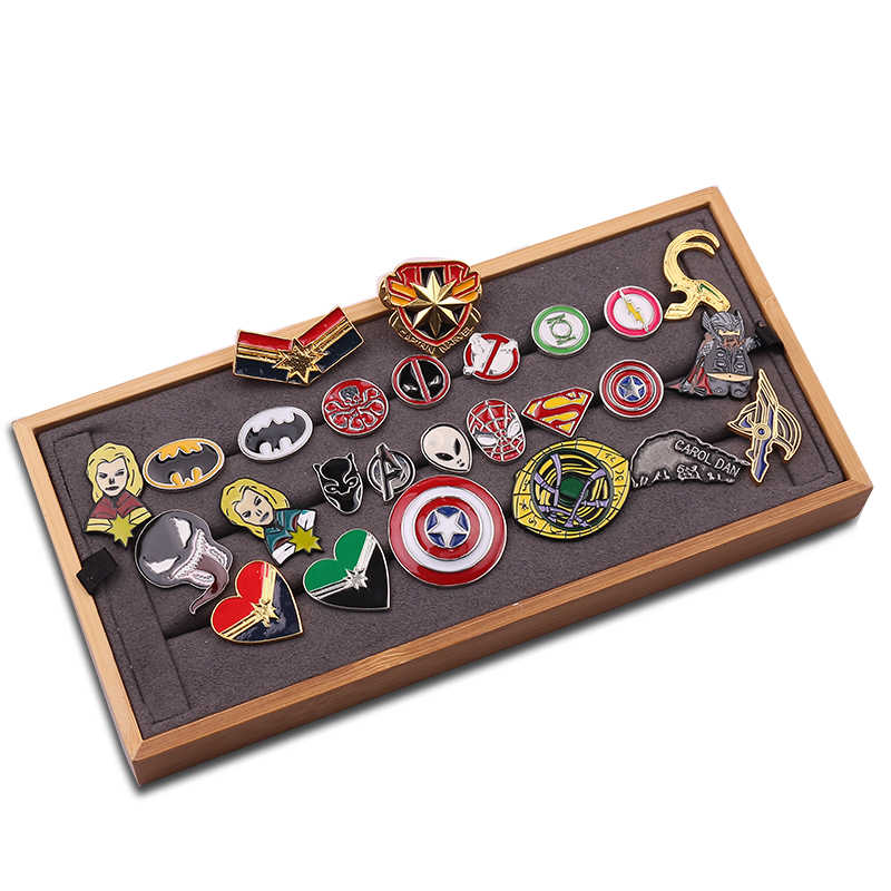 Avengers Superhero Doctor Who Strano Batman Black Panther Helmet Loki Marvel Dello Smalto Della Lega Spilla Spilli Regalo