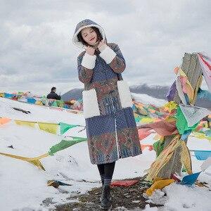 Image 4 - ผู้หญิง Johnature Patchwork เกาหลีสไตล์ Parkas 2019 ฤดูหนาวใหม่กระเป๋า Hooded แขนยาวพิมพ์ดอกไม้ผู้หญิงอบอุ่น Parkas